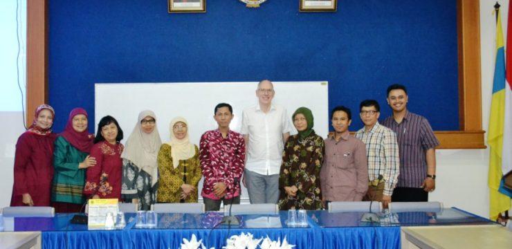 Visiting Professor Bauke W Dijkstra dari University of Groningen Netherlands