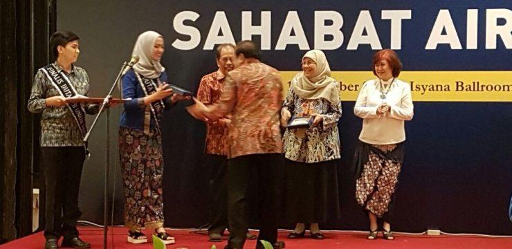 Malam Apresiasi Sahabat Airlangga, Prof. Dr. Ni Nyoman Tri Puspaningsih, M.Si Peraih Kategori Dosen Berintegritas di Bidang Penelitian