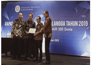 Fakultas Sains dan Teknologi Raih Penghargaan Fakultas Terbaik di Universitas Airlangga