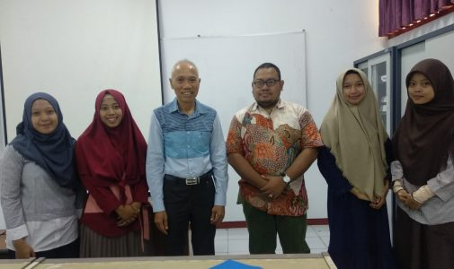 A Visit from Prof. Hunsa Punnapayak of Chulalongkorn University