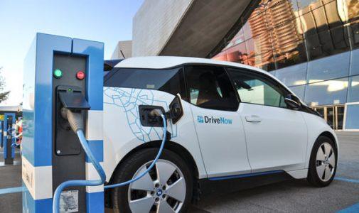 Polemik Kendaraan Bermotor Listrik dan Upaya Mengurangi Emisi Karbon